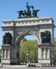 photo SAILORS AND SOLDIERS ARCH