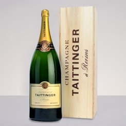 Tattinger Brut - Kelly Renee via Pinterest.com