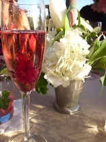 Blooming Champagne cocktail via mollyann-m-blogspot.com