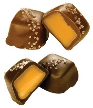 Vanilla Caramels with Sea Salt via sweet candy.com