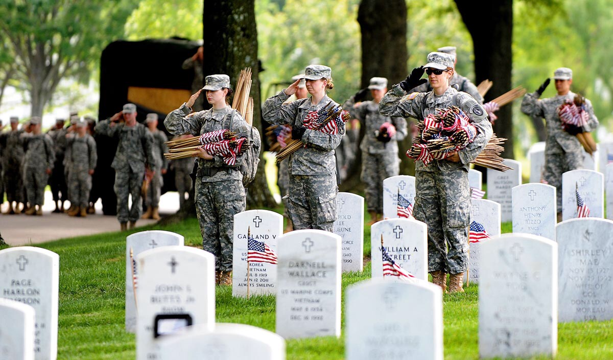 Annual Flags-In ceremony in advance of Memorial Day - Arlington Cemetery