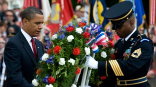 President Obama places wreath at tomb of Unknown Soldier - military.com