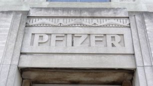 Pfizer Factory - news.bbcimg.co.uk